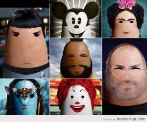 foto-graciosa-personajes-famosos-dedo-gordo-mano-spok-mikey-mouse-frida-mr-t-steve-jobs