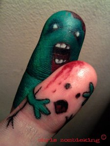 funny-zombie-fingers-painted-art
