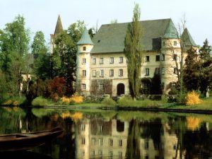 Hagenau-Castle-Austria