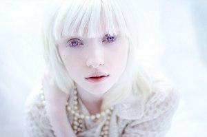 Nasty-A-Albina-mais-Linda-01