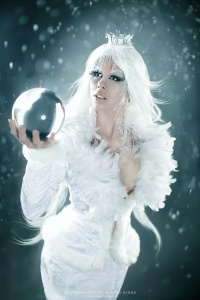 Snow_Queen_by_Ophelias_Overdose