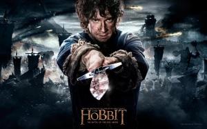 the.hobbit.the.battle.of.the.five.armies.movie.poster.o.hobbit.a.batalha.dos.cinco.exércitos.peter.jackson.hobbit.baggins.sword.stinger.wallpaper
