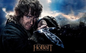 the.hobbit.the.battle.of.the.five.armies.movie.poster.o.hobbit.a.batalha.dos.cinco.exércitos.peter.jackson.hobbit.baggins.sword.stinger.wallpaper1