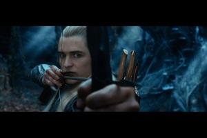 the.hobbit.the.desolation.of.smaug.movie.poster.o.hobbit.a.desolação.de.smaug.dragão.wallpaper.legolas.bow.and.arrow.archer