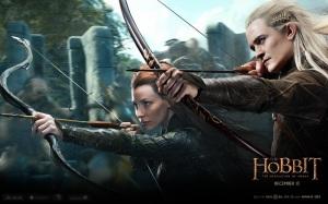 the.hobbit.the.desolation.of.smaug.movie.poster.o.hobbit.a.desolação.de.smaug.dragão.wallpaper.legolas.evangeline.arqueiros.elfos.elves